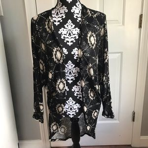 3/$25 🖤☠️ Xhilaration kimono